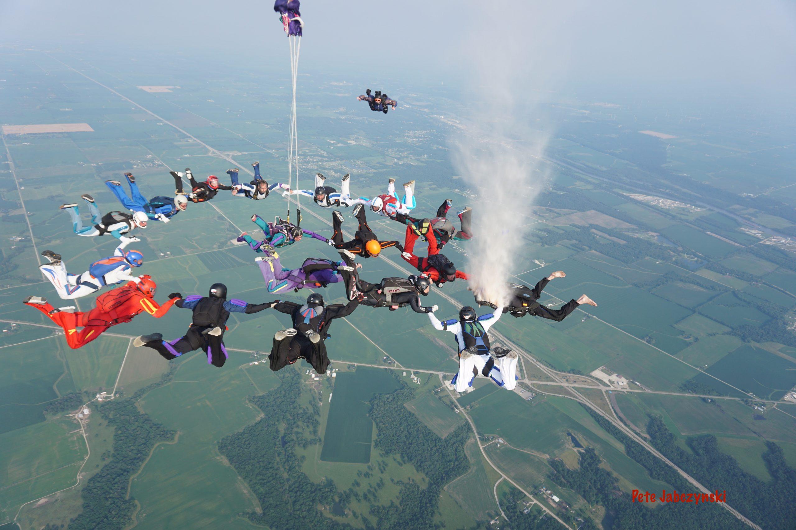 Skydive Celebration of life Ash Dive for Nick Fruchner